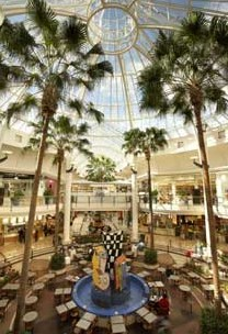 Highpoint Shopping Centre - Attractions