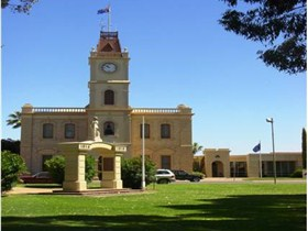 Discovering Historic Kadina Town Walk