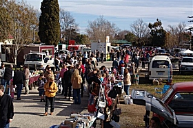Evandale Market - Attractions