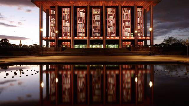 National Library of Australia - Attractions