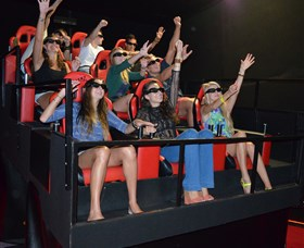 7D Cinema - Virtual Reality - Attractions