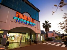 Runaway Bay Shopping Village - Attractions
