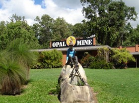 Outback Opal Mine - Attractions