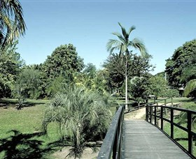 Ingham Memorial Gardens - Attractions