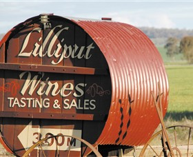 Lilliput Wines - Attractions