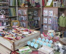 Threadneedle Craft Daylesford - Attractions