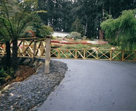 National Rhododendron Gardens - Attractions