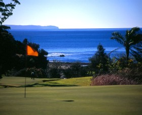 Mollymook Golf Club - Attractions