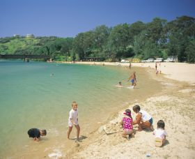 Boambee Beach - Attractions
