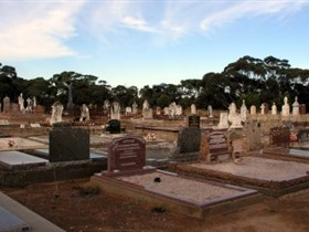 Langhorne Creek Cemetery - Attractions