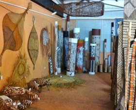 Maningrida Arts and Culture - Attractions