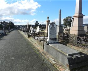 Ballarat General Cemeteries - Attractions