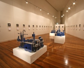 Wagga Wagga Art Gallery - Attractions