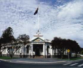 Museum of The Riverina - Historic Council Chambers Site - Attractions