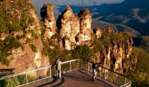 Echo Point lookout Three Sisters - Attractions