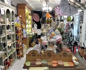 The French Shoppe - Attractions