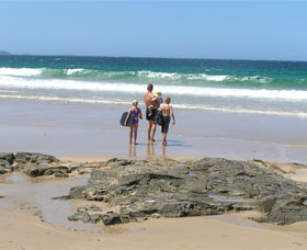 Shellharbour Beach - Attractions