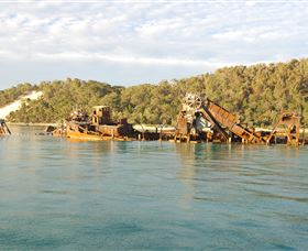 Tangalooma Wrecks Dive Site