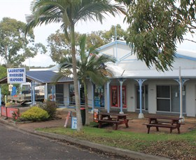 Laurieton Riverside Seafoods - Attractions