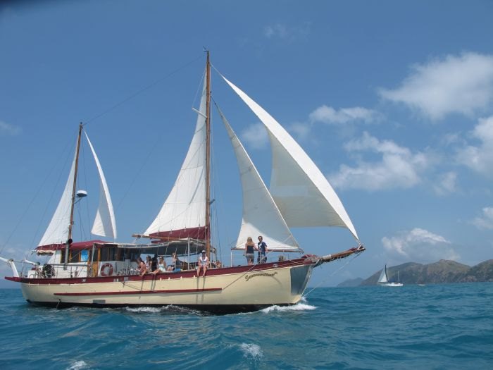 Adventure Cruise Dive and Outer Reef - Whitsundays Sailing Adventures - Attractions