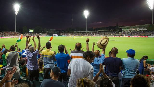 Manuka Oval - Attractions