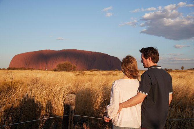 Uluru Ayers Rock Outback Barbecue Dinner and Star Tour - Attractions