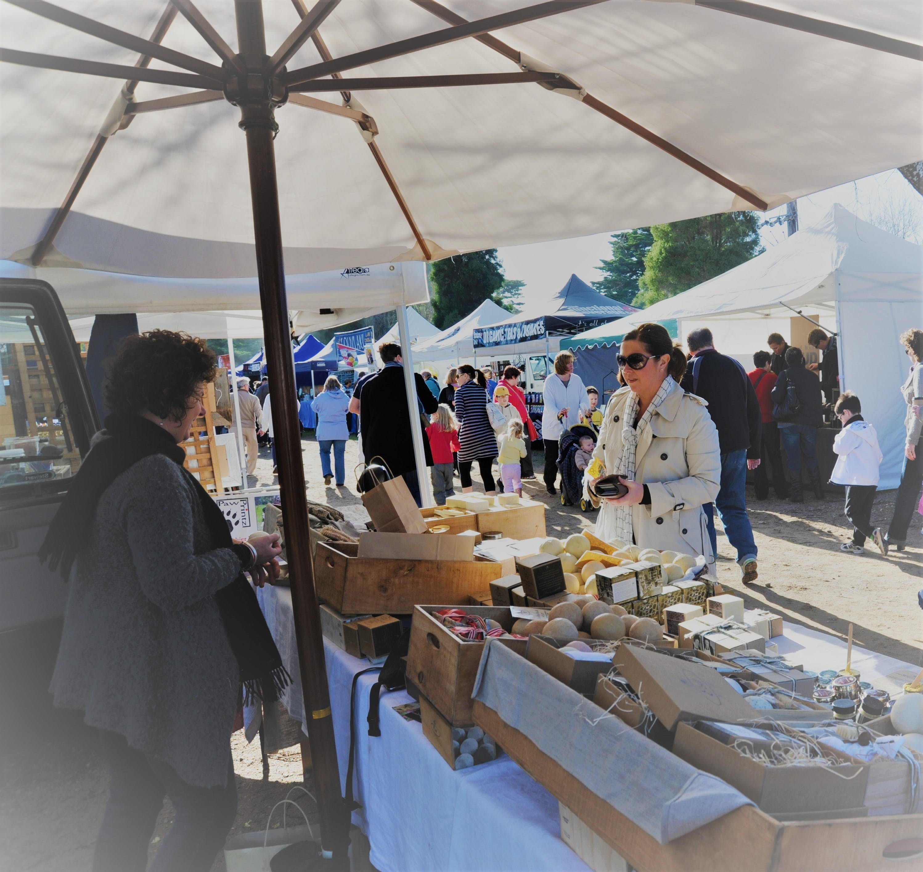Mornington Racecourse Market - Attractions