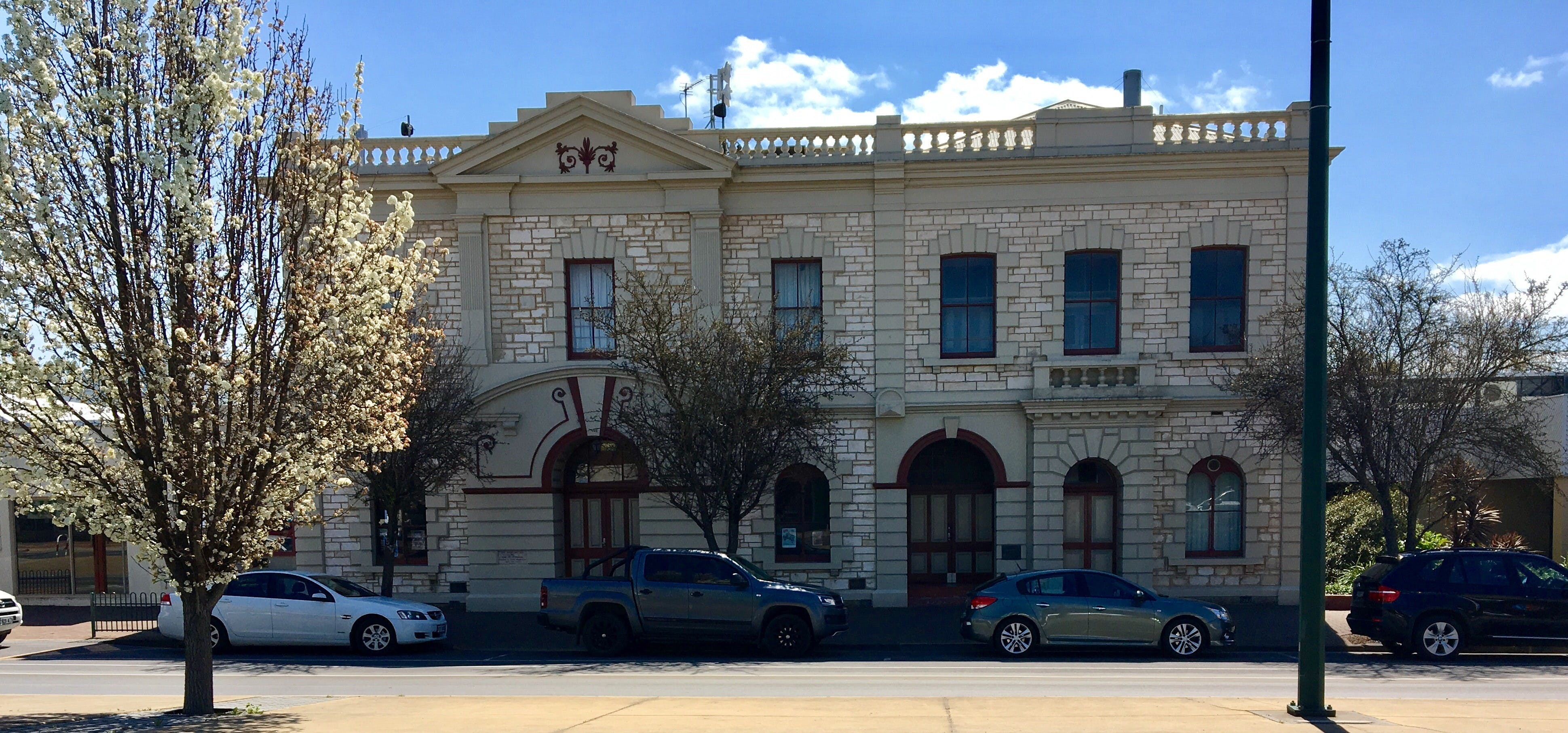 Naracoorte Town Hall - Attractions