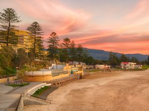 North Wollongong Beach - Attractions