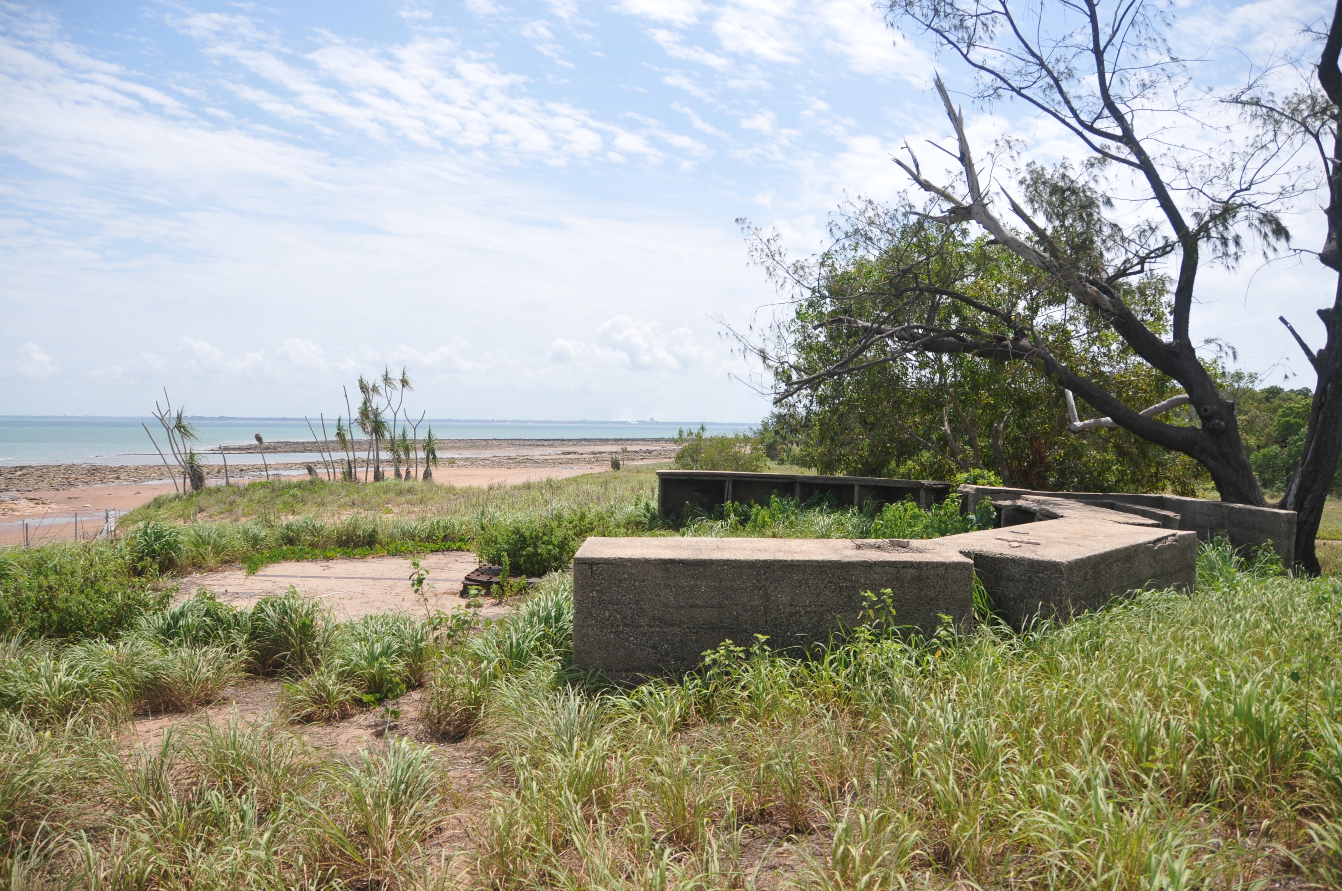 WWII Gun Emplacement Wagait Beach - Attractions