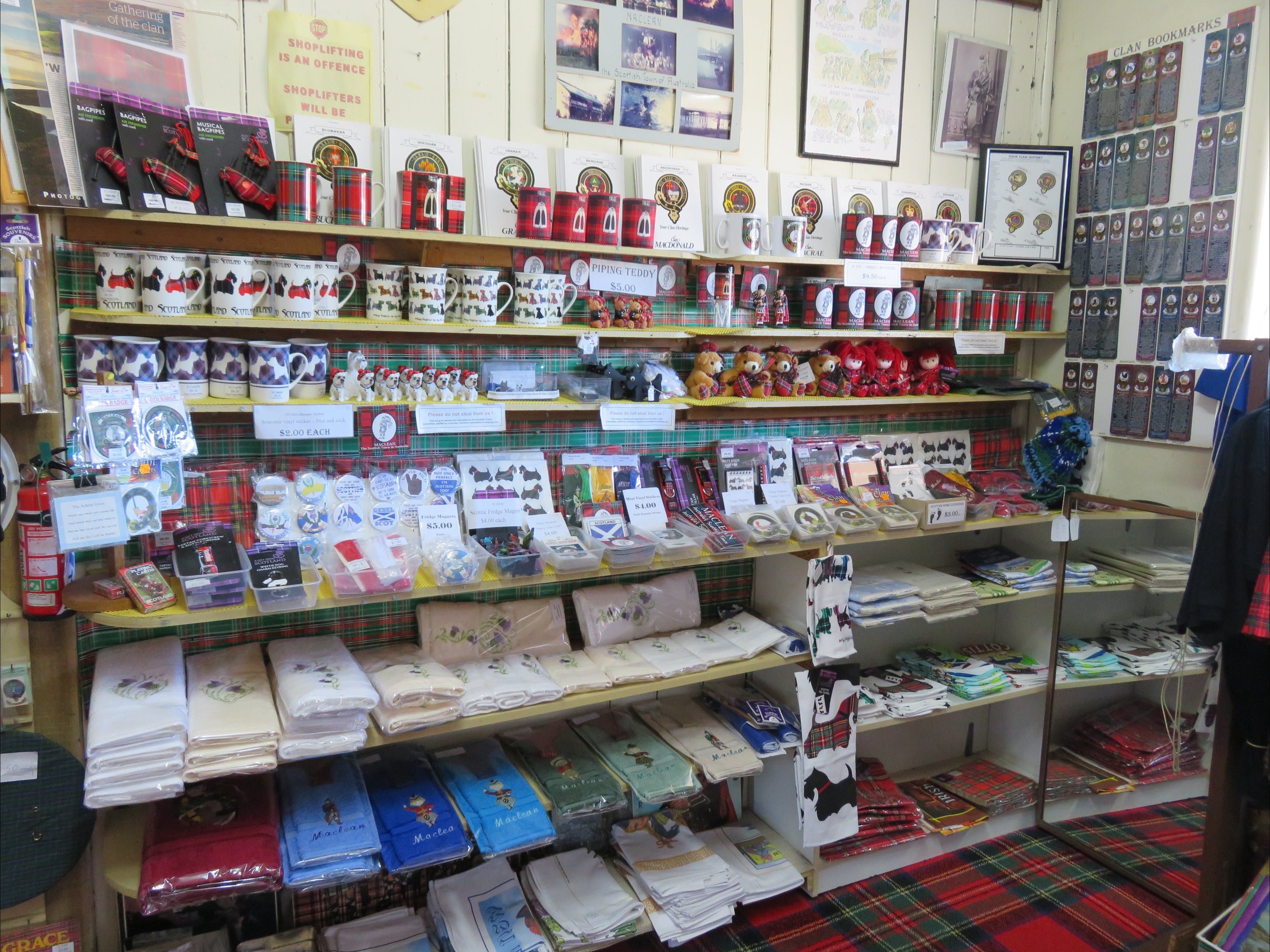 Maclean Scottish Shop - Attractions