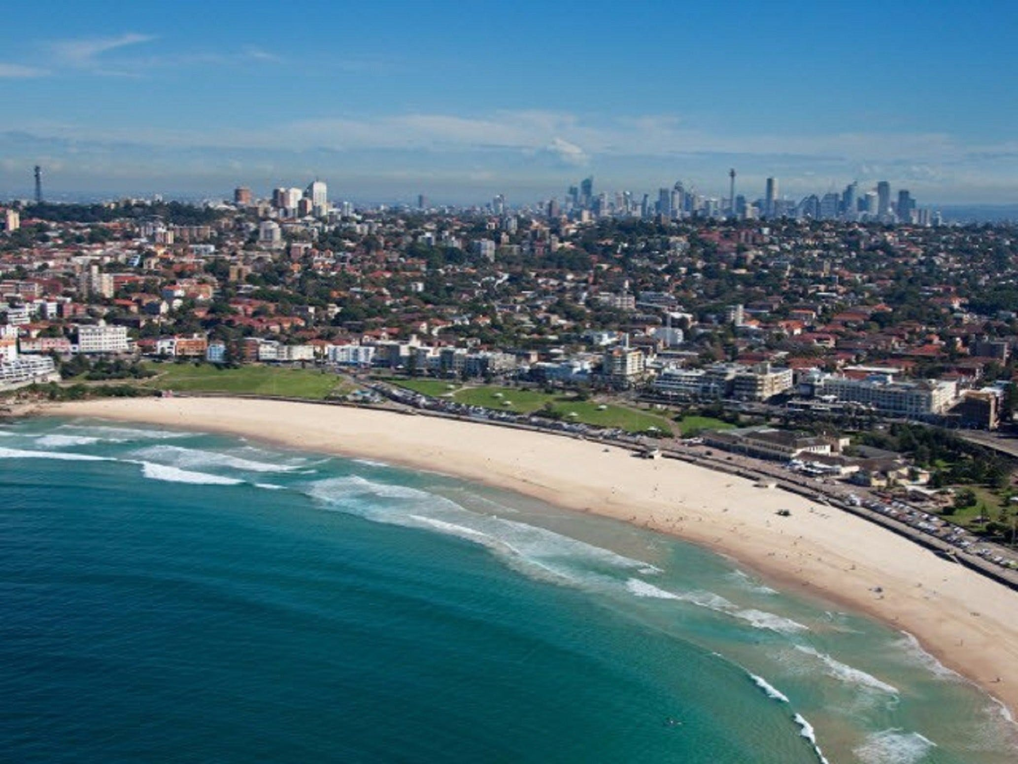 Bondi Beach - Attractions