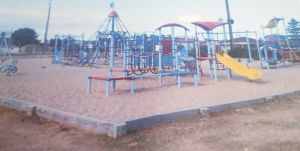 Edithburgh Playground - Attractions