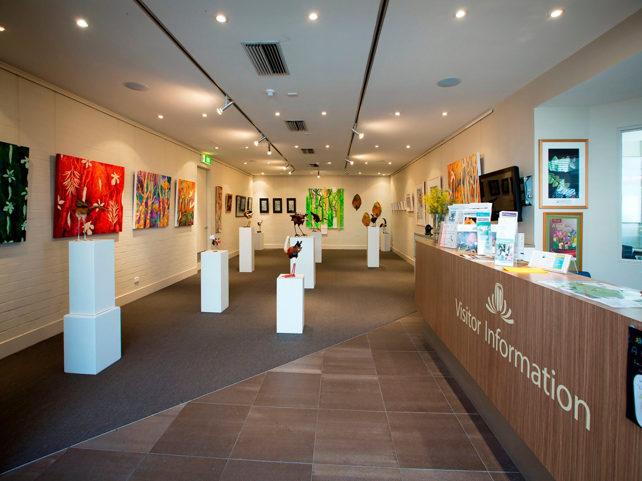 Australian National Botanic Gardens Visitor Centre Gallery - Attractions