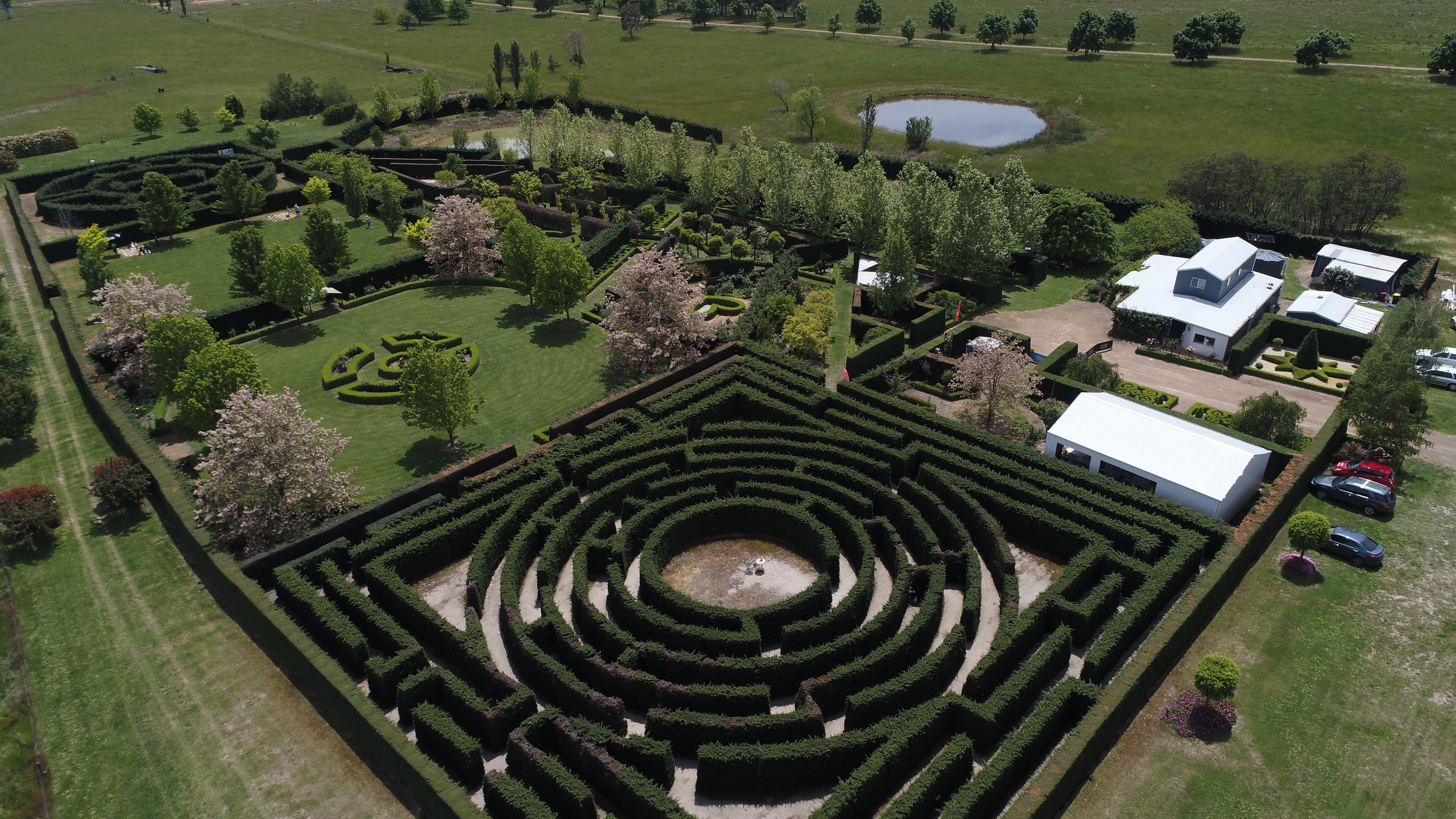 High Country Maze - Attractions