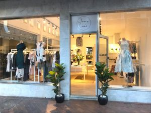 Ivory Lane Boutique - Attractions