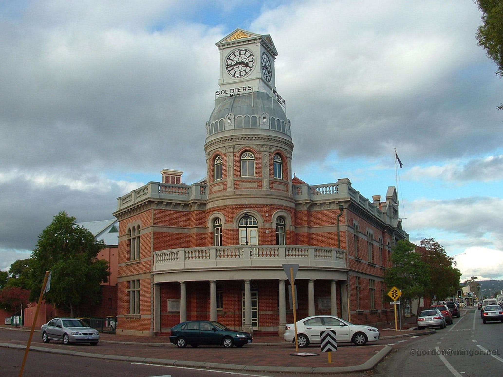 Midland Town Hall - Attractions