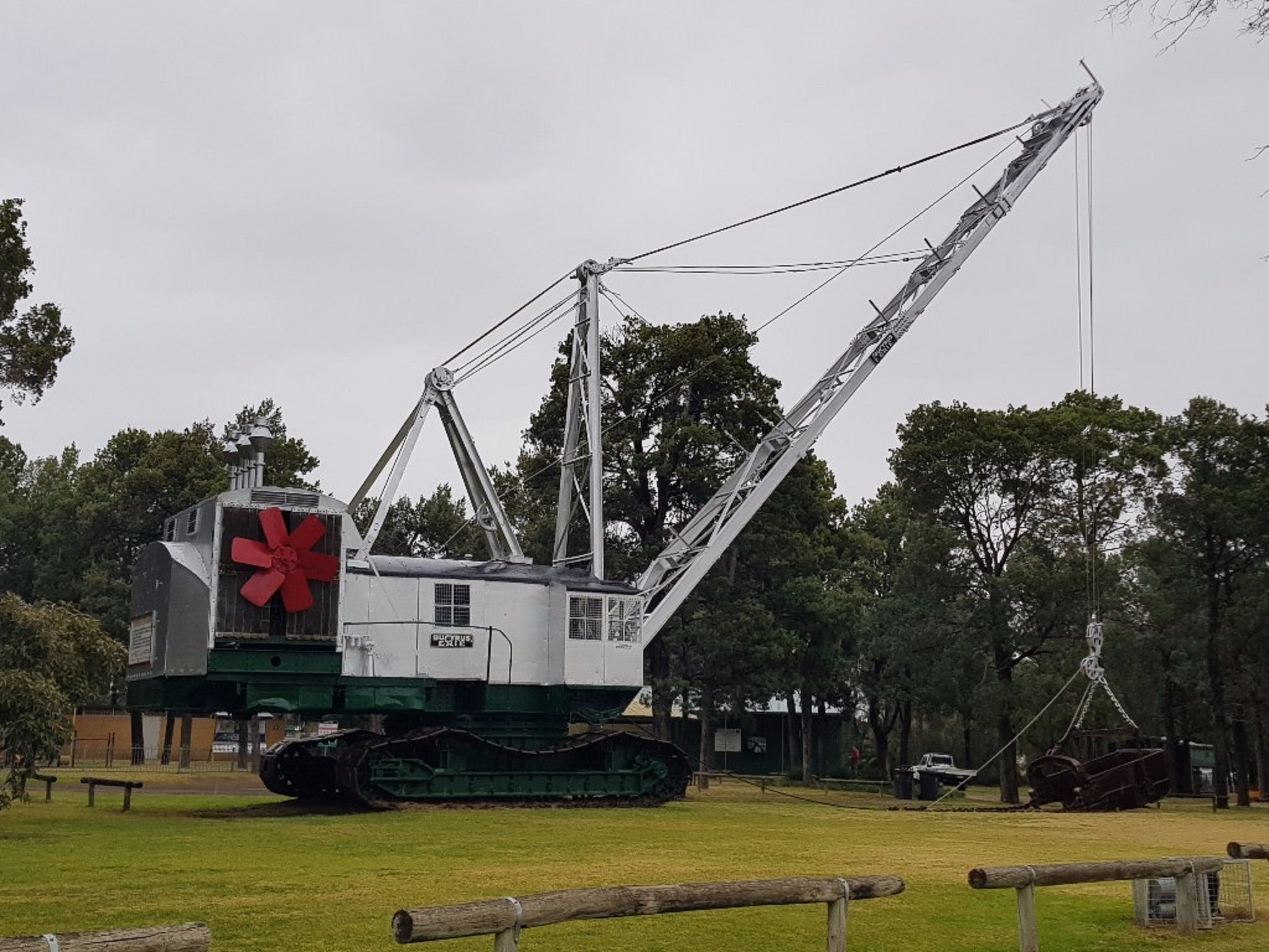 Coleambally Bucyrus Erie Dragline Excavator - Attractions